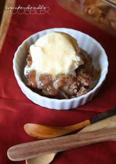 Snickerdoodle Cobbler...such an easy dessert that everyone will LOVE!