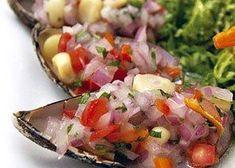 Mussels - Choros a la chalaca Peruvian Dishes, Peruvian Cuisine, Peruvian Recipes, Good Food, Yummy Food, Yummy Yummy, Yummy Recipes, Recipies, Latin Food