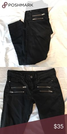 Topshop Black Skinny Jeans Size 26 black skinny jeans from Topshop. In great condition. Topshop Jeans Skinny