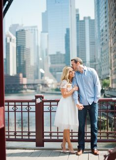 Chicago engagement session | Downtown Chicago engagement pictures   Photo by Emily Steffen