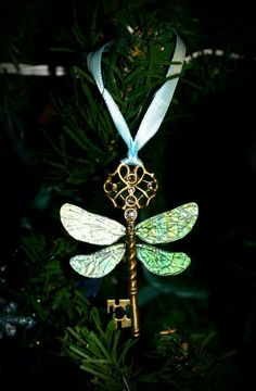 The winged key from Harry potter 1 ornament