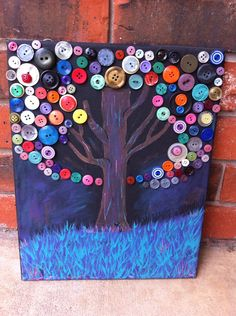 button tree canvas painting- might be a good idea for girls to make with aunt jennie's old buttons