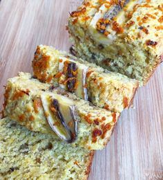 Taking banana bread to a whole new level  via @naturallysoph #bananabread #hippielife