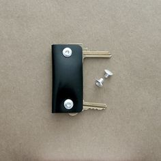 Stow your keys, no more poking you inside the pocket