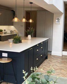 Country Kitchen Diner, Open Plan Kitchen Diner, Cosy Kitchen, Kitchen Room Design, Modern Kitchen Design, Kitchen Layout, Home Decor Kitchen, Interior Design Kitchen, Kitchen Ideas