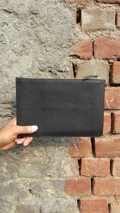 Slate Lizzie, Chiaroscuro, India, Pure Leather, Handbag, Bag, Workshop Made, Leather, Bags, Handmade, Artisanal, Leather Work, Leather Workshop, Fashion, Women's Fashion, Women's Accessories, Accessories, Handcrafted, Made In India, Chiaroscuro Bags - 5