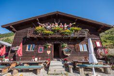 Finde die Almliesl Berghütten, Bauern- und Ferienhäuser in den schönsten Urlaubsregionen Österreichs, vom Salzburgerland über Tirol und Osttirol, Steiermark und Kärnten bis nach Südtirol. Winter Vacations, Farmers