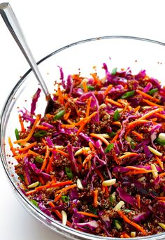Easy Asian Quinoa Slaw Gimme Some Oven vegan asian slaw salad - Vegan Coleslaw Vegetarian Recipes, Cooking Recipes, Healthy Recipes, Diet Recipes, Quinoa Salad Recipes Easy, Protein Recipes, Recipes Dinner, Asian Quinoa Salad, Vegan Coleslaw