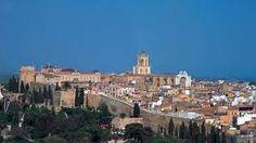 La situación en la ciudad se complicó con la muerte de San Olegario. En 1146, su sucesor, Bernat Tort, un hombre de confianza del Conde de Barcelona, se estableció en la ciudad. Se iniciaba así un proceso marcado por continuos conflictos jurisdiccionales que culminaron con la extinción del principado y la restitución al Conde de Barcelona en 1151.