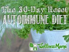 I used this 30-day reset autoimmune diet plan to help manage my Hashimotos Thyroiditis and get my autoimmune disease into remission. #Thyroidproblemsanddiet