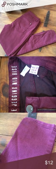 The Jennings MID RISE Burgundy Skinnies The Jennings MID RISE Burgundy Skinnies T Bar Jeans Skinny