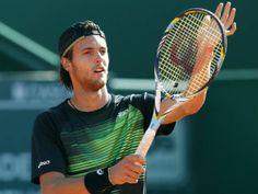 João Sousa já está na final - é o primeiro português a atingir uma final de um torneio do circuito ATP em piso rápido