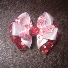Polka dot kisses