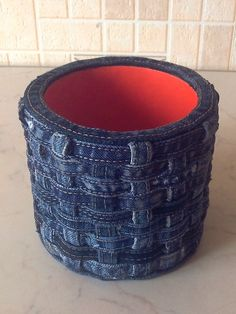Jean Crafts, Denim Crafts, Redone Jeans, Old Jeans, Diy Crochet, Diy Fashion, Sewing Crafts, Ideas, Laundry Room Organization