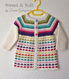Crochet beautiful and delicate sweater for a girl. Free and simple patterns for crochet sweater for a little girl Crochet Baby Sweater Pattern, Crochet Baby Sweaters, Crochet Coat, Baby Girl Crochet, Crochet Baby Clothes, Crochet Cardigan, Crochet For Kids, Free Crochet, Sweater Patterns
