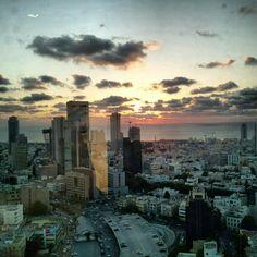 Tel Aviv #Sunset -@eaneverett