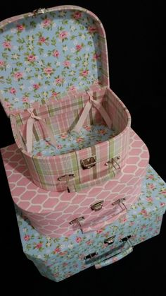 These would make great storage boxes for sewing supplies and art supplies. Shabby Chic Boxes, Shabby Chic Bedrooms, Cute Suitcases, Cute Luggage, Diy And Crafts, Paper Crafts, Diy Candles, Covered Boxes, Paper Dolls