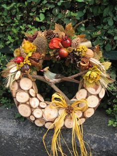 Podzimní s ptáčkem II / Zboží prodejce vera dekor Grapevine Wreath, Autumn Leaves, Grape Vines, Flower Arrangements, Christmas Wreaths, Centerpieces, Fall Winter, Rustic, Inspiration