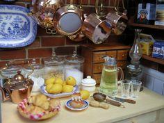 dollhouse miniature kitchen: Kilmouski & Me, with croissants and religieuse by Stephanie Kilgast, Petit Plat