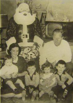 Vintage Family Christmas Pic
