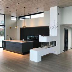 Trendy Ideas for bathroom cabinets black interior design Best Online Furniture Stores, Affordable Furniture, Decorating Your Home, Interior Decorating, Decorating Ideas, Black Interior Design, Home Repairs, Cuisines Design, Home Decor Store
