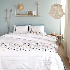 Inspiratie: dekbedovertrektrends 2019 - Lilly is Love Bedroom Wall Colors, Blue Bedroom, Home Decor Bedroom, My New Room, Luxury Bedding, Room Inspiration, Interior Design, Marjolein Bastin, Notebook Ideas
