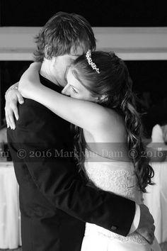 kingston photographer picton photography carmela estates photographer, picton wedding, casa dea winery wedding, barrie photographer N0136bw