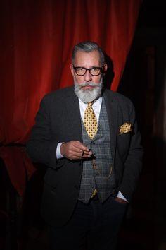#Tanzcafe_Jenseits #Photo_Jana_Madzigon #silberfox  #over_50 #beard #barber #50+ Men's Style, Mens Fashion, Male Style, Moda Masculina, Manish Style, Man Fashion, Style Men, Fashion Men, Guy Style