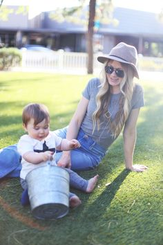 Fitted Tee, Flared Jeans, + BBQ — Kristi Murphy   DIY Ideas