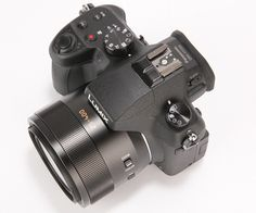 Panasonic Lumix FZ1000 26/12/2014 at redcoon for 770€