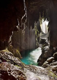 Monasterio de Piedra (Monastery of [the River), Zaragoza, Spain. Great Places, Places To See, Beautiful Places, Spain Travel, Travel Around, Wonders Of The World, Places To Travel, Travel Inspiration, Travel Photography