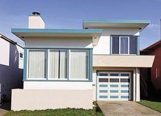 Westlake design, Westlake District, Daly City, CA Retro Beach House, Retro Home, Modern Exterior, Exterior Design, Small Beach Houses, Mcm House, Daly City, Minimalist House Design, Art Deco Home
