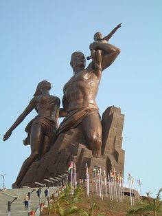 Black History Heroes: The African Renaissance Monument in Dakar, Senegal Renaissance, Peter The Great, Filming Locations, African History, Black People, Black History, Statue Of Liberty, Around The Worlds, City