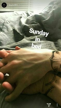 Fanfic Larry Stylinson, Larry Shippers, One Direction Pictures, I Love One Direction, 0ne Direction, Direction Quotes, Wattpad, Desenhos One Direction, Foto One