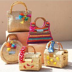 Diy Bag Crafts, Diy Crafts For Girls, Handmade Handbags, Handmade Bags, Ethnic Bag, Creative Embroidery, Boho Bags, Jute Bags, Macrame Patterns