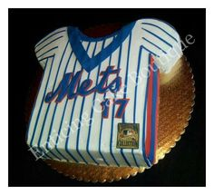 MLB NY METS BASEBALL JERSEY BUTTERCREAM CAKE WITH FONDANT
