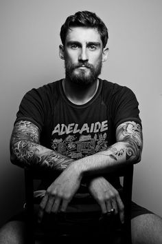 There is only one thing I love more then a man with tattoos... A man with tattoos and a beard!!