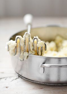 my soul food mashed potatoes.the way my momma made them. Joy Of Cooking, Fun Cooking, Cooking Recipes, Southern Recipes, Soul Food, Food Inspiration, Food Photography, Blog, Yummy Food