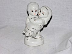 Vintage Hand Painted Ceramic Lovers Couple Figurine Made In China