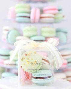 Custom Macaron Favors