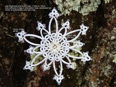 Carollyn's Tatting Blog: Lace Snowflake With Button .... pattern inked on image