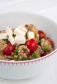 Tříbarevný kuskusový salát