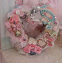Shabby Chic Valentine Heart Wreath heart diy wreath valentine's day valentine decorations happy valentine's day