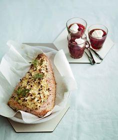 Smetanalohi kuuluu suomalaisten suosikkiruokiin, eikä suotta. Tässä reseptissä smetanalohi saa seurakseen purjoa ja valkosipulia sekä raikasta sitruunaa ja suolaisia kapriksia.