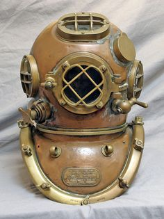 Mark V Dive Helmet by A Schraders Son, Inc Brooklyn NY.Dated: July 02 1917