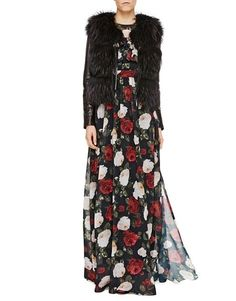 Winter Roses – Blugirl Fall Winter 2016/2017 • Long Chiffon Dress With Roses Print • The round neck chiffon cocktail dress with bicolor pictorial roses print has three-quarter sleeves, flounces on the top and a pleated motif on the skirt. The ethereal silhouette elegantly emphasizes the waist. The slip with shoulder straps matches.