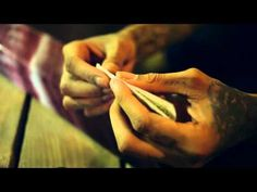 My man Wiz Khalifa teaches us how to roll a perfect joint. Happy 420, brahs! Light up responsibly! calmed420.com