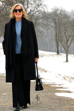 Outfit: Longblazer und Pullover mit Schleife am Rücken http://www.alnisfescherblog.com/outfit-longblazer-pullover-schleife-ruecken/