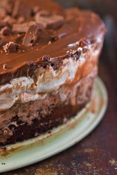 Mississippi Mud Pie Ice Cream Cake with brownie, Rocky Road Ice Cream, Marshmallow, and Chocolate Frosting layers. Super Easy!