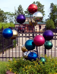 Bowling Ball tree - how fun is this!